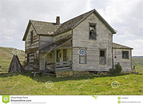 siding with mr house old house with lap siding stock photography image 12498802