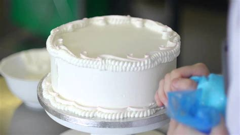 Cake Decorating Lessons by Cake Decoration