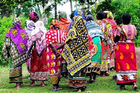 trending ladies wear kenya now trending meet some fine folk borrow their clothes