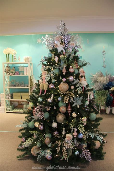 187 best christmas trees decorated images on pinterest