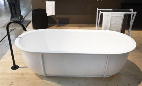 agape bathtubs patricia urquiola s cuna larian bathtubs for agape combine classic and modern elements