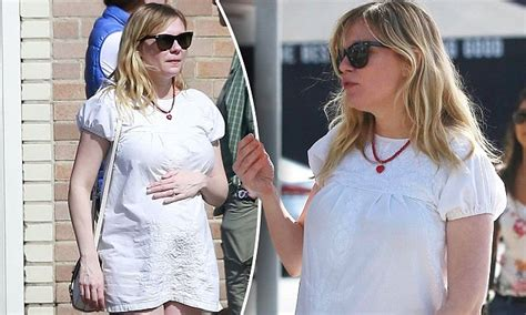Ill What Shes Kirsten Dunst And Uberlube by Kirsten Dunst Holds Growing Baby Bump While Out In La