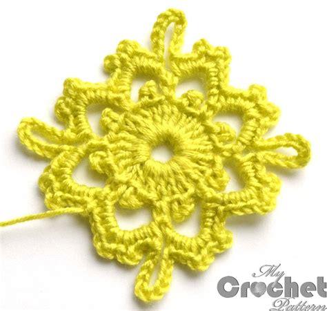Square Flowy Motif 4 lemon square flower motif pattern mycrochetpattern