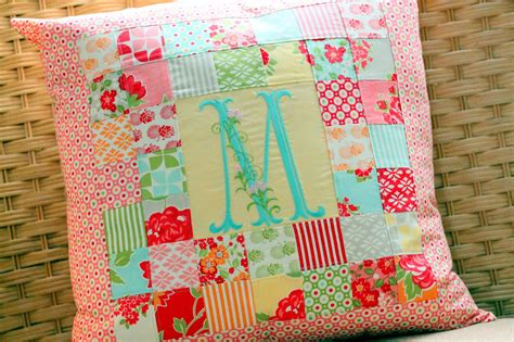 Patchwork Pillowcase - patchwork pillow pattern and tutorial the cottage