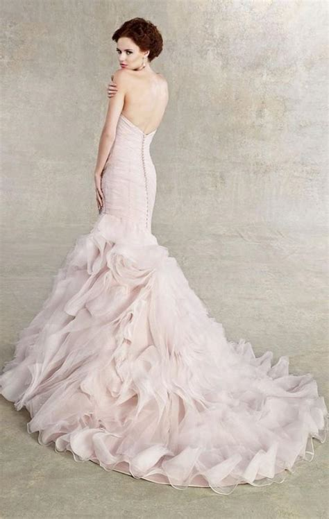 Non White Wedding Dresses by 20 Stunning Non White Wedding Dresses For The Bold And
