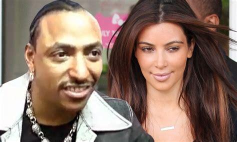 tv swing porn kim kardashian denies having threesome with porn stars at