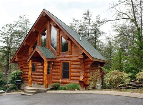 2 bedroom cabins in gatlinburg how to find the perfect 2 bedroom gatlinburg cabin rental