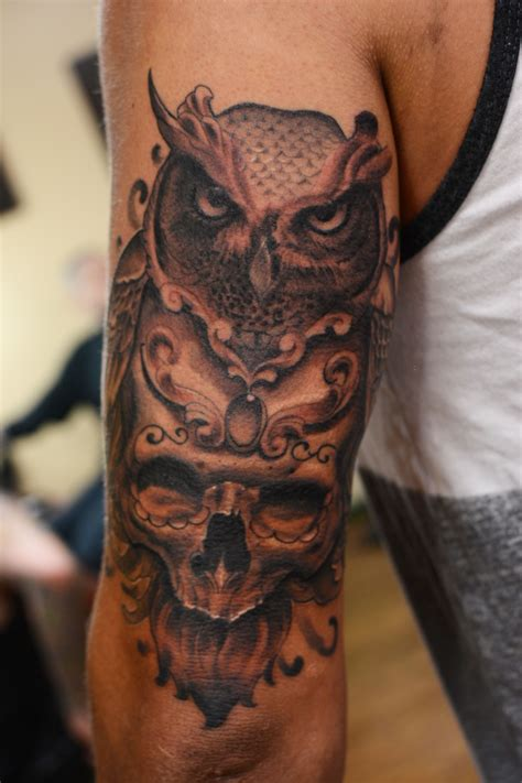 owl and skull tattoo owl skull on outer thigh search tattoos