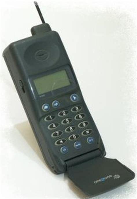 mobile phone software uk classic mobile phones discussed phonesreviews uk