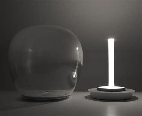 illuminazione da tavolo empatia artemide illuminazione da tavolo livingcorriere