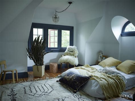 snowflake bedroom heads up design fans yahoo decor is in the house