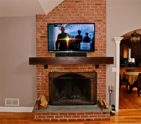 Fireplace Mantels On Brick by Refacing The Brick Fireplace Using Concrete By Chic On