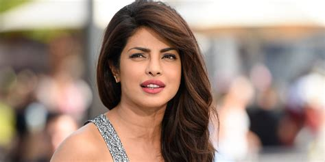 priyanka chopra family photo download priyanka chopra photo hd