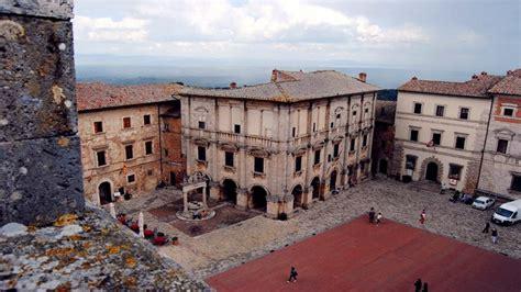 ufficio turistico montepulciano montepulciano e i suoi gioielli la torre comunale