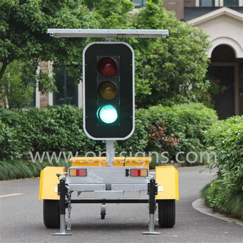 wireless stop and go lights china solar powered stop and go led directional traffic