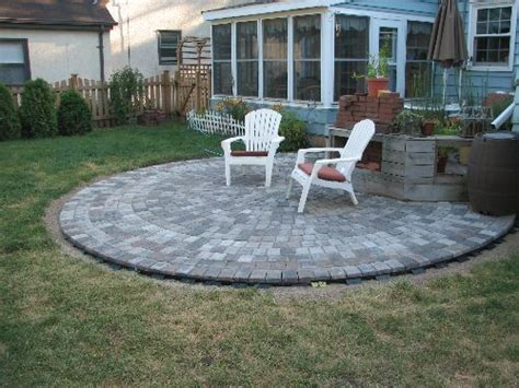 Patio Do It Yourself by Do It Yourself Paver Patio Do It Yourself Paver Patio