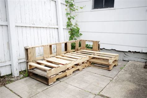 couch   pallets hunker