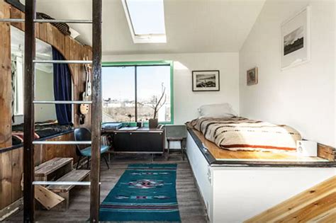 6 bedroom houseboat funky rockaway houseboat dubbed ziggy stardust now