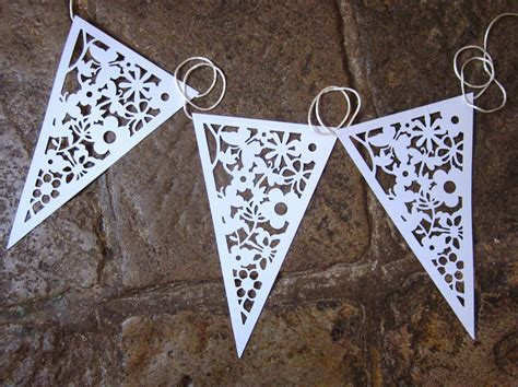 How To Make Bunting With Paper - paper buntings