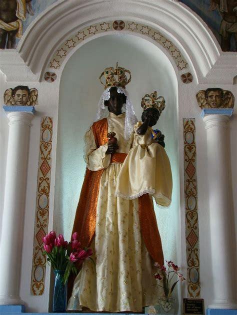 Imagenes De Negras Virgenes   imagen de la virgen de atocha en su nicho venezuela la