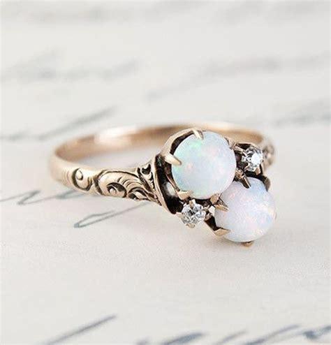 20 alternative gemstones for engagement rings