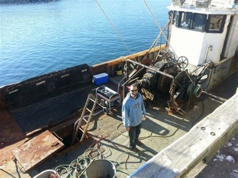 boat sinks on wicked tuna the hard merchandise wicked tuna gallery national autos post