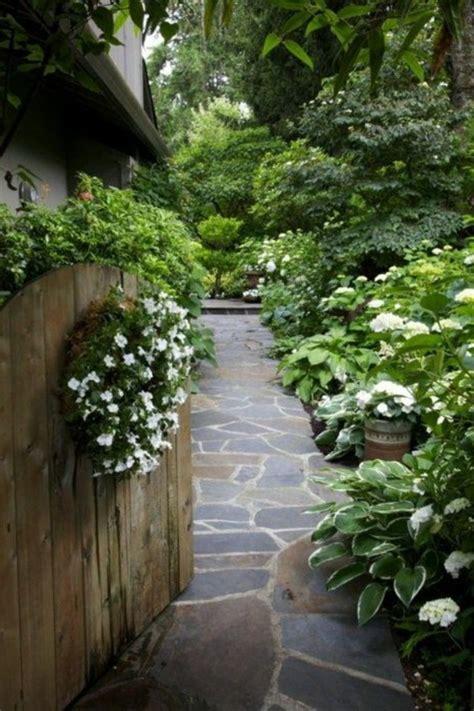 Garten Und Landschaftsbau Zement by Schicke Gartenwege Aus Naturstein Oder Zement F 252 R Den Garten