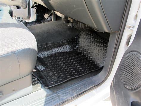 2002 Chevy Silverado Floor Mats by Floor Mats For 2002 Chevrolet Tahoe Husky Liners Hl31301