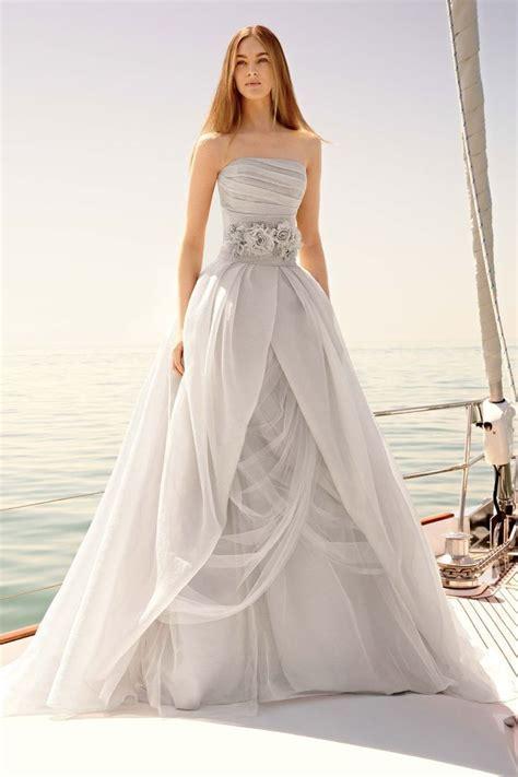 12 Stunning Designer Wedding Dresses ? BestBride101