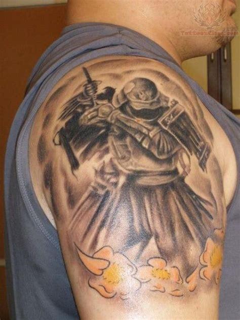 71 Dramatic Shoulder Tattoos For Men Shoulder Tattoos For Guys
