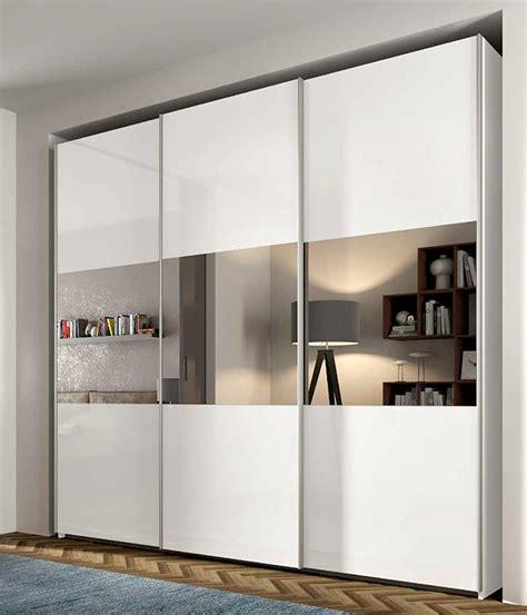 armadio con specchio armadio scorrevole con specchio centrale nuovo a prezzo
