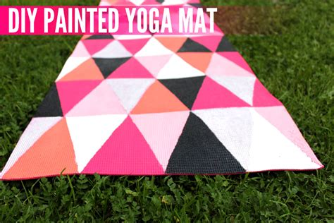 Diy Exercise Mat by Diy Painted Mat How To Thesassylife
