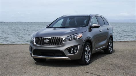 kia 4 cylinder cars 10 best 4 cylinder suvs of 2016 reviews sortable list