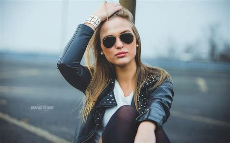 wallpaper leather girl blonde girl sunglasses mood hd desktop wallpaper