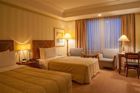 prevent  bed bug bites  hotels   treat