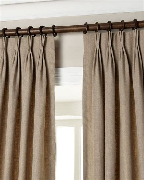 pleated curtains 25 best ideas about pinch pleat curtains on pinterest