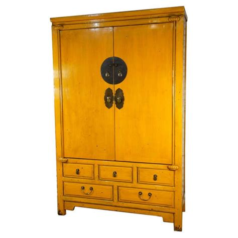 Armoire Mariage Chinoise by Armoire De Mariage Chinoise Jaune Meubles Labaiedhalong