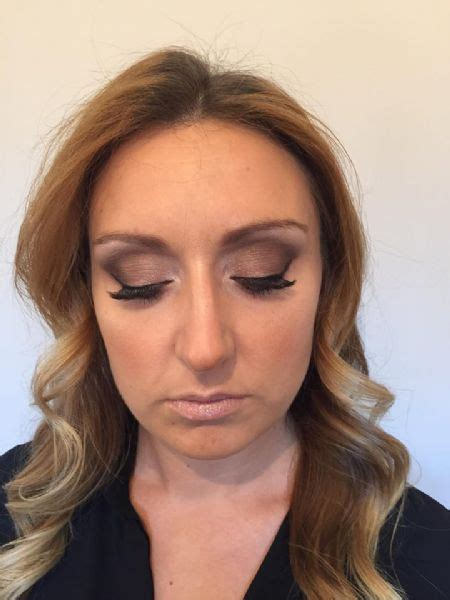Wedding Hair And Makeup Tunbridge by Of Fame Wedding Hair And Makeup Artist In Pembury
