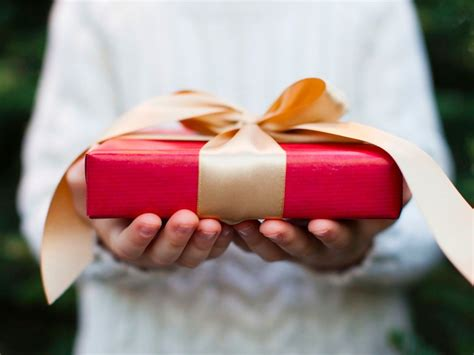 is gift really a verb merriam webster