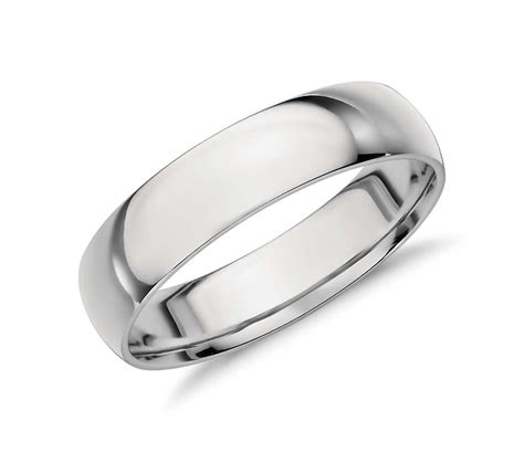 mid weight comfort fit wedding band in platinum 5mm