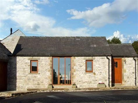 Www Welcome Cottages barn dogs welcome cottage priestcliffe near