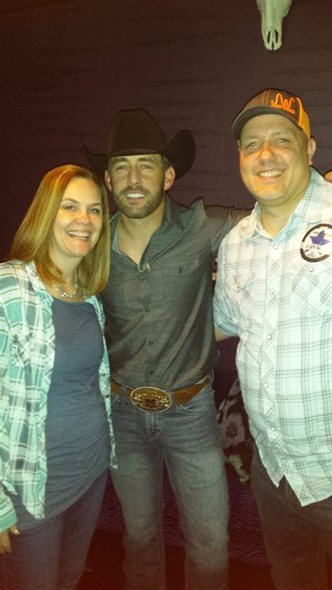 cabinet country janesville wisconsin aaron watson bliss communications wjvl janesville wi