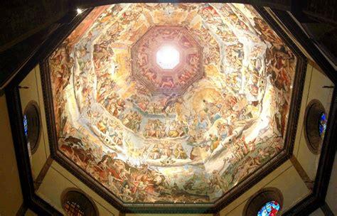 la cupola di santa fiore lo spettacolo sole nel duomo di firenze folia