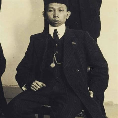biografi habibie secara singkat biografi ki hajar dewantara quot bapak pendidikan indonesia