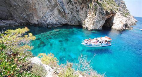 boat tour zakynthos boat tour to the shipwreck beach in zakynthos by porto