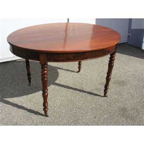 Table Ovale Avec Rallonge by Table De Salle 224 Manger Ovale Avec Une Rallonge Sur