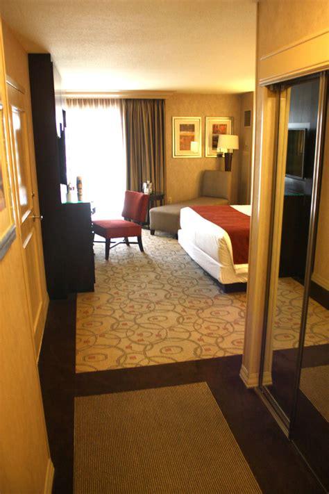 treasure island room treasure island hotel room www imgkid the image kid has it
