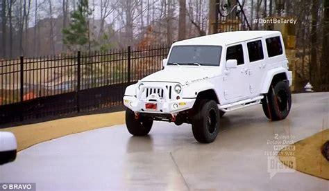 Car Rental 18 Years Atlanta Zolciak Gives 18 Year A 32 000 Jeep Daily