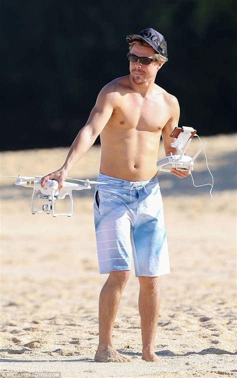 phil mattingly shirtless derek hough