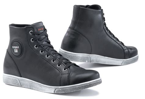 motorcycle boots that look like shoes the look of a sneaker the protection of motorcycle boots